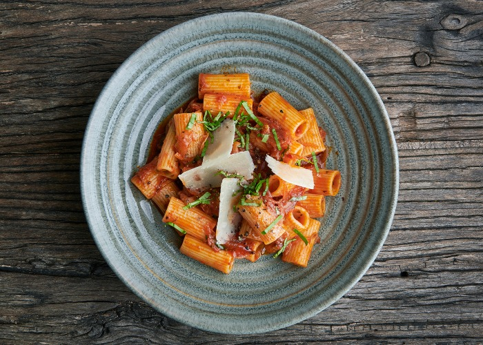 Rigatoni with amatriciana sauce recipe