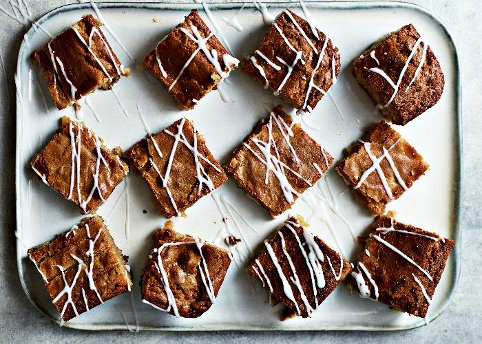 White chocolate, peanut butter and banana blondies recipe