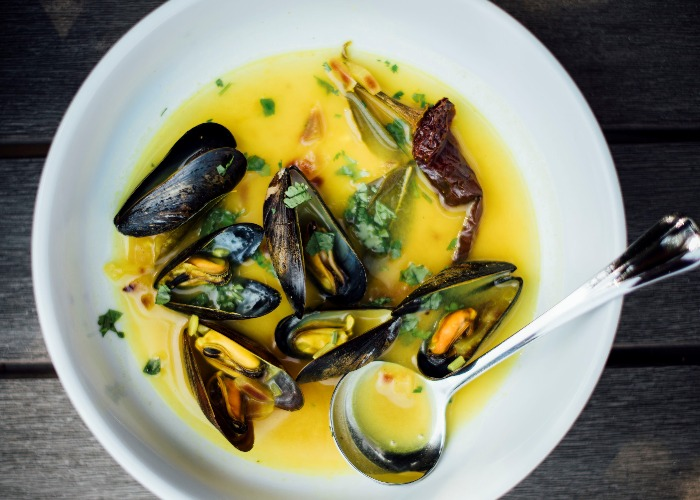 Turmeric and lime mussel broth recipe