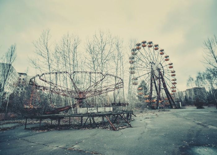 Eerie abandoned amusement parks around the world