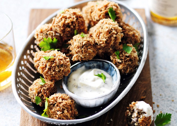 Haggis croquettes with whisky sauce recipe