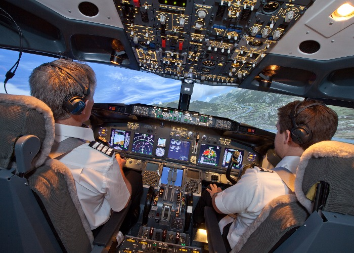 Want to fly a Boeing 737? Now you can