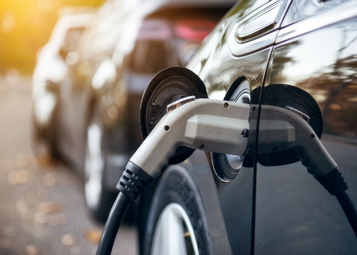 Electric Cars Running Costs Government Grants And Charging Lovemoney