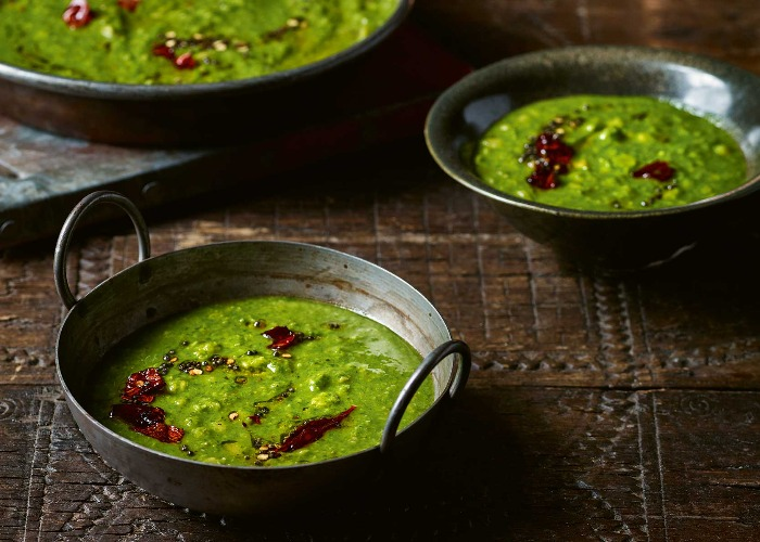 Spinach and coconut dahl recipe