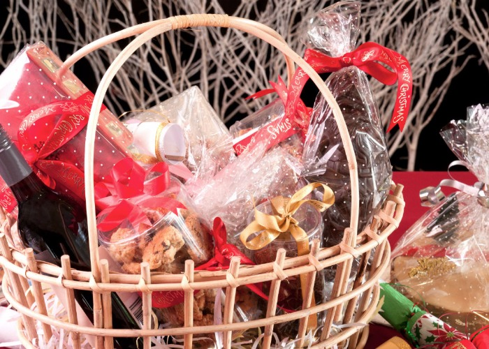 How to build your own luxury christmas food hamper bored of gifting vouchers and boxes of quality street create your own luxury christmas hamper for a more personal and thoughtful gift this year solutioingenieria Choice Image