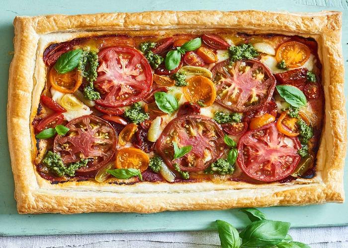 Tomato, Gouda and pesto tart recipe