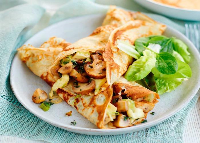 Mushroom and brie-stuffed pancakes recipe