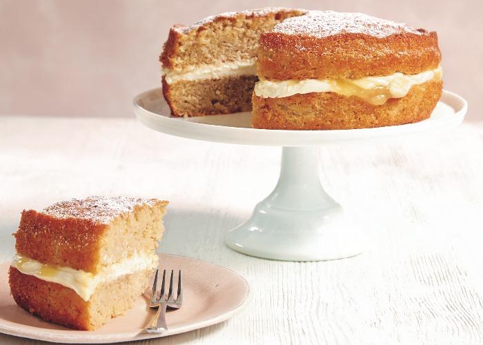 Apple and lemon sandwich cake recipe
