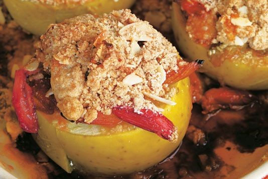 Antony Worrall Thompson's baked apples with crumble recipe