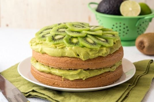 Avocado and kiwi fruit iced birthday cake recipe