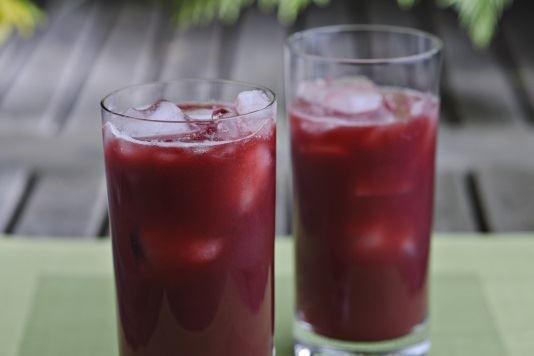 Beetroot, pomegranate and orange smoothie recipe