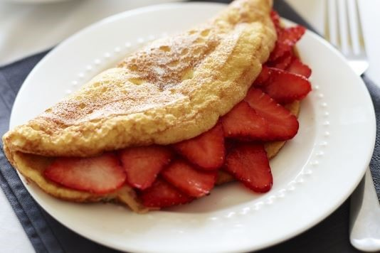 Breakfast soufflé omelette with strawberries recipe