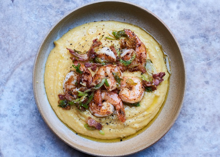 Prawns, spring onions & bacon with cheesy polenta recipe