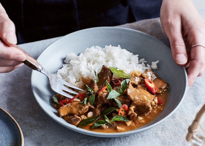 Thai beef curry with peanut sauce recipe