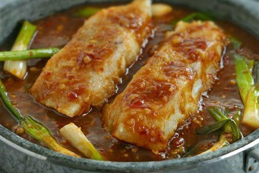 Ken Hom's fish in hot sauce recipe