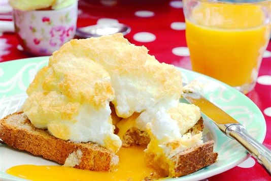 Fluffy cloud eggs recipe