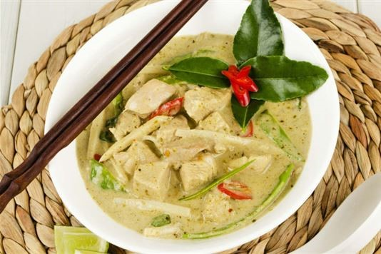 Ken Hom's Thai green curry recipe