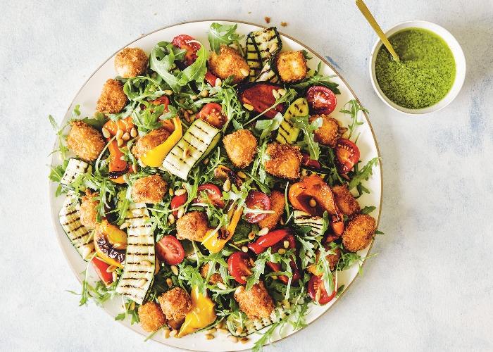Halloumi crouton salad recipe