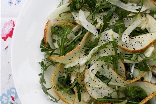 Fennel, rocket and pear salad recipe