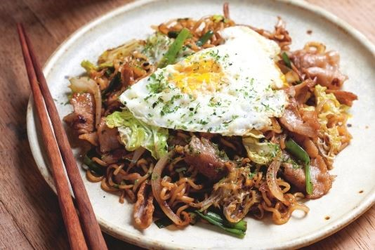Yakisoba: Japanese fried noodles recipe