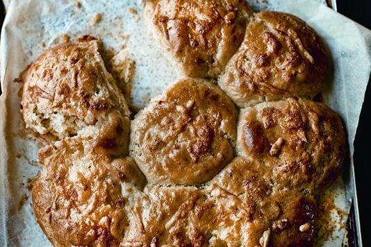 Cheesy tear and share bread recipe