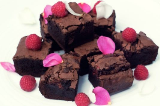 Raspberry and vanilla brownies recipe