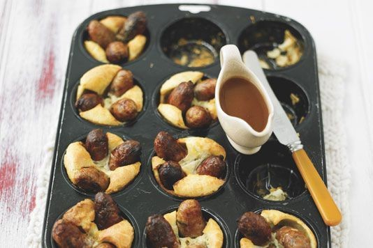 Lorraine Pascale's mini toad in the hole recipe