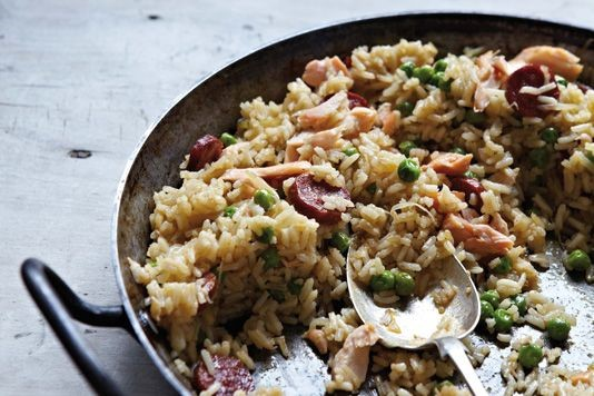 Quick pea and chorizo paella recipe
