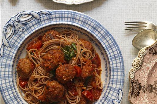 Pork and chorizo meatballs with spaghetti recipe