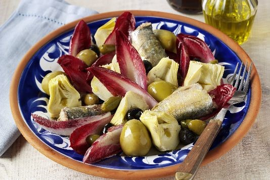 Olive winter salad recipe