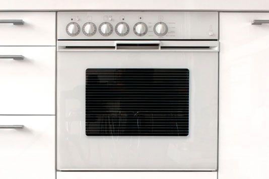 Gas Or Electric? Fan Or Range? We All Have A Favourite Type Of Oven. Sophie  Morris Checks Out The Options.