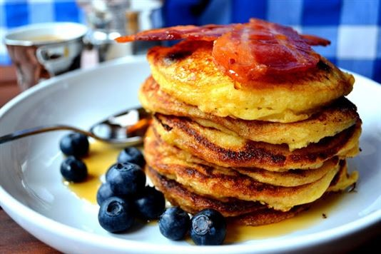 American buttermilk and blueberry pancakes with crispy bacon recipe