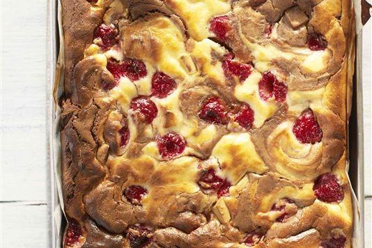 Chocolate and raspberry cheesecake brownies recipe